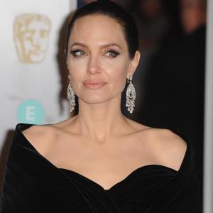СМИ сообщили о скорой свадьбе Анджелины Джоли
