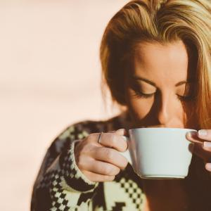 Почему кофе опасен для женщин