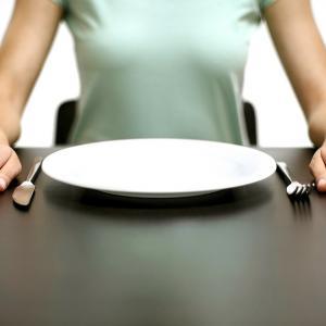 Названа самая полезная разновидность голодания