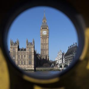 Мэй намерена добиться высылки российских дипломатов из стран ЕС