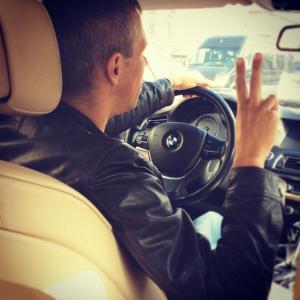 Алексей Панин спас свою машину
