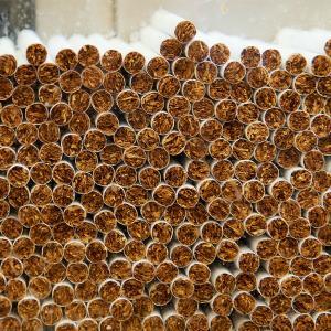 Рынок контрафактных сигарет вырос почти в два раза