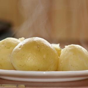 Легкий и быстрый способ очистить картошку от кожуры