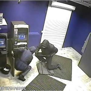 Опытные взломщики банкоматов запустили курсы для начинающих