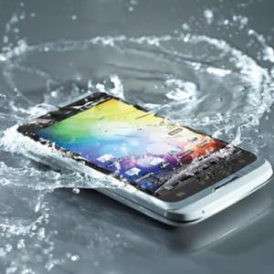 Школьница погибла, уронив в ванну мобильный телефон