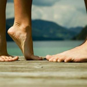 Вы не поверите, но организм человека начинает стареть с ног!