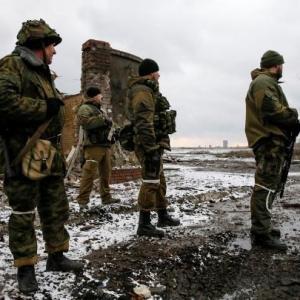 Резкое обострение ситуации в Донбассе: атака, бои на разных направлениях
