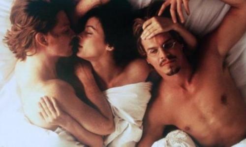 Названы фильмы, где актёры занимались сексом по-настоящему