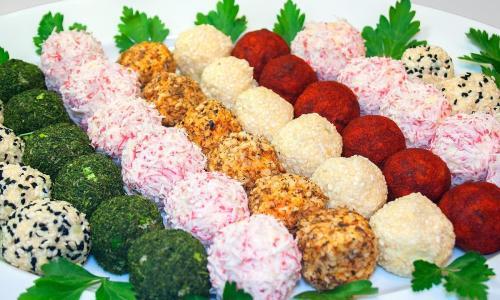 Сырные шарики - необычная закуска к празднику