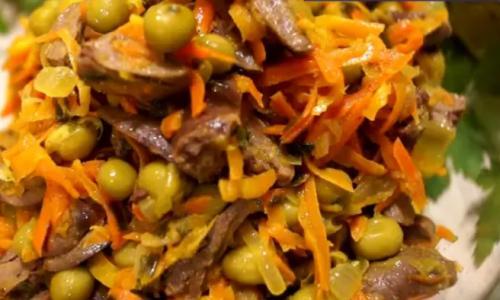 Все гости будут без ума от этого салатика!
