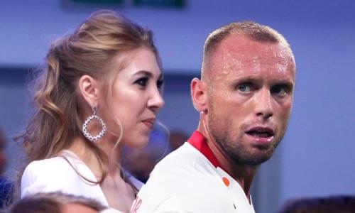 Стало известно о беременности обманутой и избитой жены Глушакова