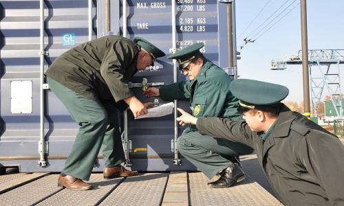 Таможенники начнут собирать пошлины с посылок в автоматическом режиме