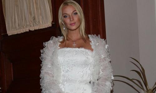 Анастасия Волочкова выходит замуж за молодого любовника