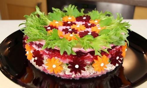 Торжественный и бесподобный салат, который моментально сметается со стола
