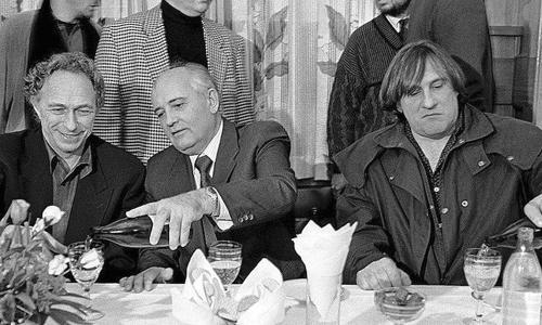 Названа главная ошибка Горбачева, развалившая СССР