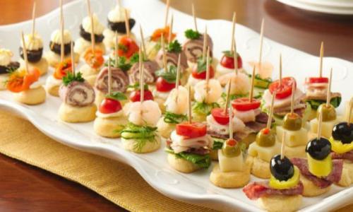 4 лёгкие закуски, которые удивят гостей