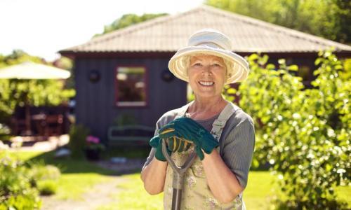 Как работать на даче без ущерба для здоровья