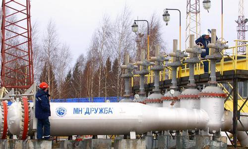 Польша задержала поставки «чистой» нефти из России