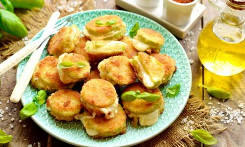 Вкуснятина из кабачков и сыра – хрустящая корочка, сочная и тягучая серединка