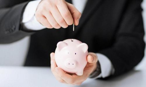 Сбережения россиян оказались под угрозой быть потраченными