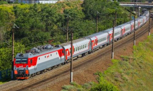 Кто должен убирать постельное белье в поезде: пассажир или проводник?