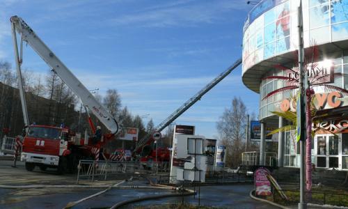 Пожар произошёл в одном из ТЦ Архангельска