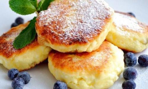 Правильные сырники на завтрак: никакой муки!
