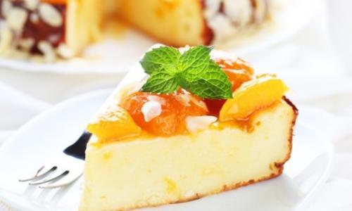Правильный диетический завтрак — Творожная запеканка с фруктами