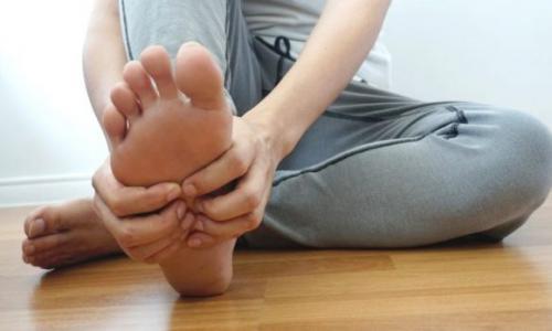 Да, вы можете улучшить плохую циркуляцию и холодных ног