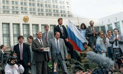 Путин рассказал, как принял решение уйти в отставку