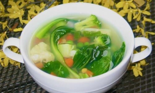Овощной суп — превосходный рецепт для похудения!