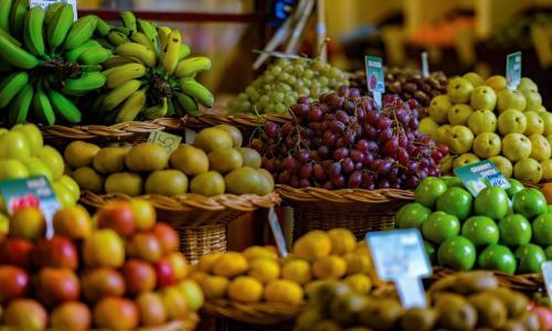 Роспотребнадзор рассказал о правилах выбора овощей и фруктов