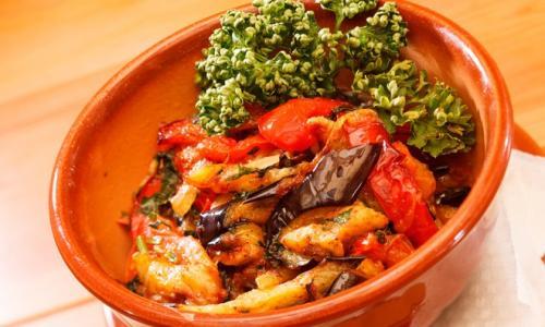 Тушеные баклажаны: простой рецепт с овощами