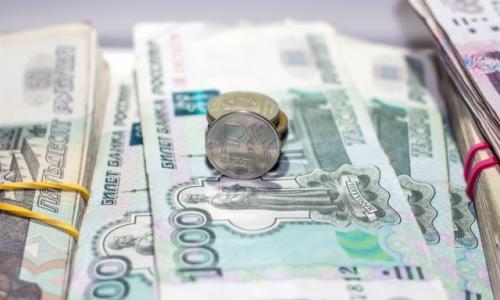 4900 рублей: кому из россиян срочно начнут платить эту сумму