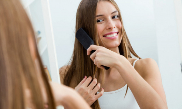 Не стоит их часто расчесывать и другие советы по уходу за волосами