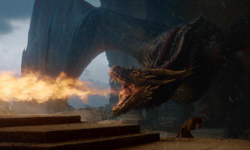 Одну из самых непонятных сцен финала «Игры престолов» впервые объяснили