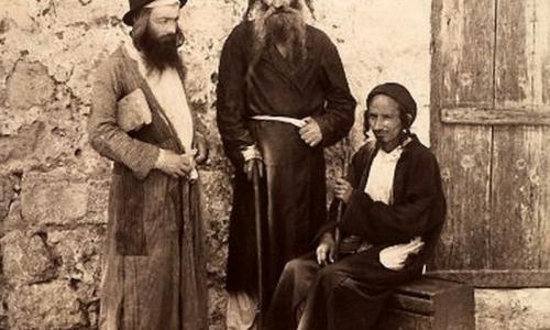 Зачем евреи крестились и перенимали обычаи русских