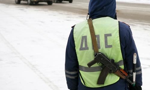 Российские полицейские застрелили водителя после проверки машины