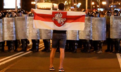 В Совфеде рассказали, кто стоит за протестами в Белоруссии