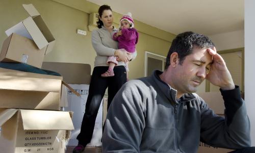 Приказано выжить: людей лишают квартир из-за жалоб соседей