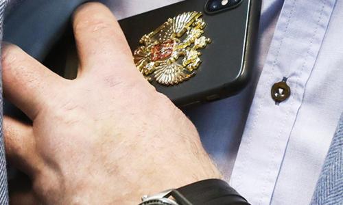 Для новых депутатов Госдумы закупили китайские смартфоны