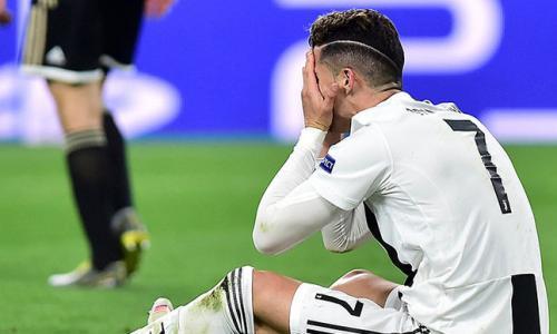 Роналду случайно ударил сына чемпионским кубком по голове