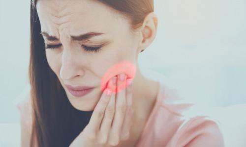 Устраняем зубную боль за пару минут