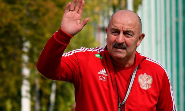 Черчесов высказался о возвращении Кокорина и Мамаева в сборную России