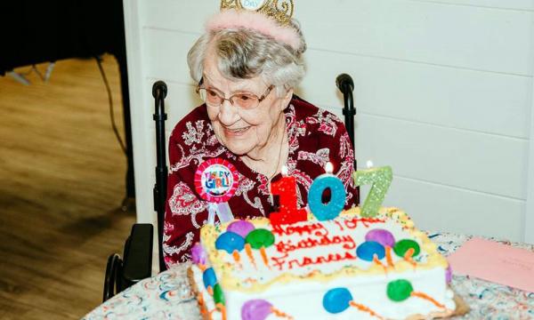 В свой 107-й день рождения американка раскрыла секрет долголетия