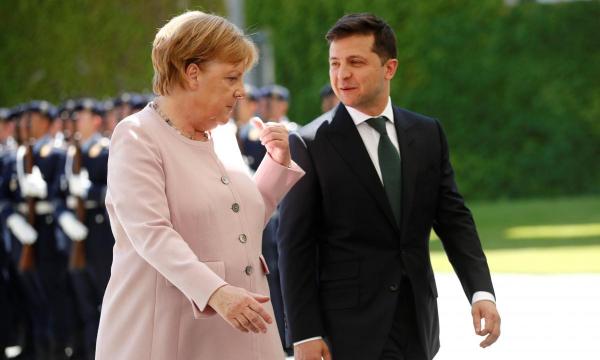 Зеленский по телефону пообщался с Меркель: детали разговора