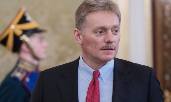 «Имеет право»: Дмитрий Песков прокомментировал стихи Шнура об отдыхе Путина