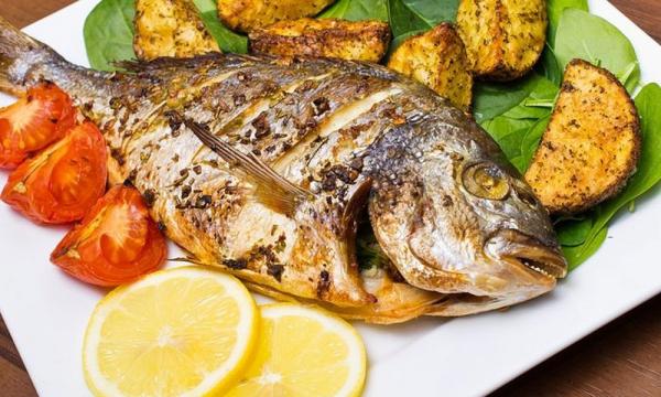 Почему речная рыба намного опаснее морской