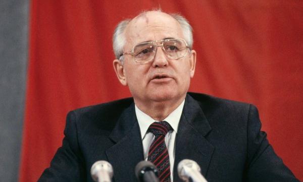 «Наказать Горбачева за злодеяния». Как слесарь в президента СССР стрелял