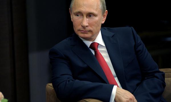 Мир увидел танцующих Владимира Путина и Джорджа Буша-младшего. Видео